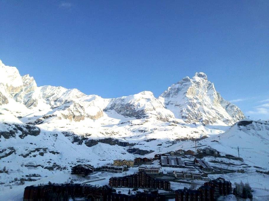 Delicious flat on the slopes facing the Matterhorn - Breuil-Cervinia - Apartmen