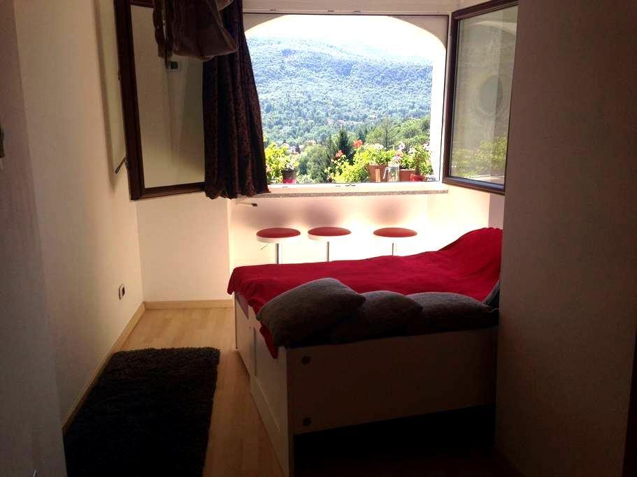 Sweet studio apartment - Viconago - Appartement