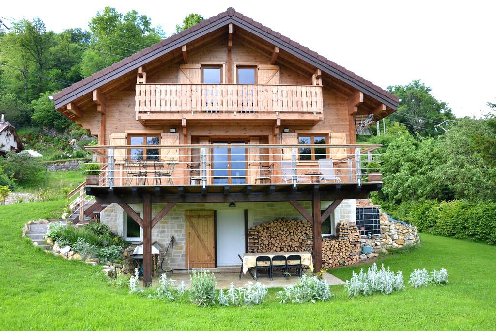 Chalet bois sur les hauteurs de Champfromier - Champfromier - Chalet