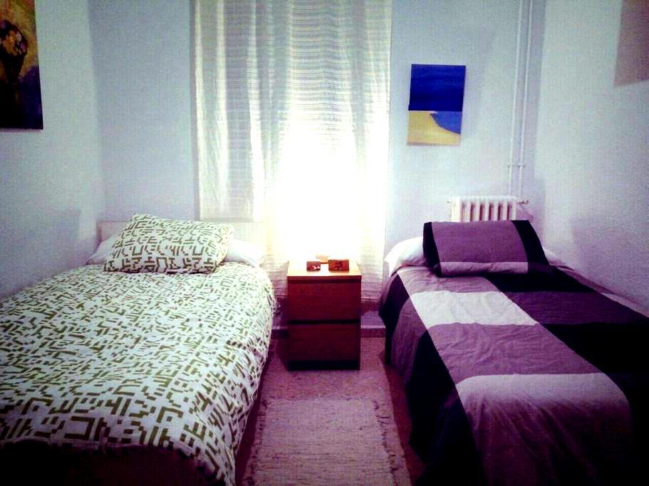 Double room / Habitación doble - Ronda - Lejlighed