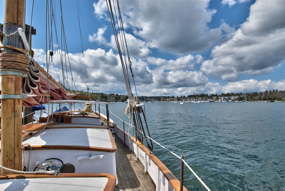 she enjoys a side-tie in Eagle Harbor, Bainbridge Island. This is your dockside view from the port bow.