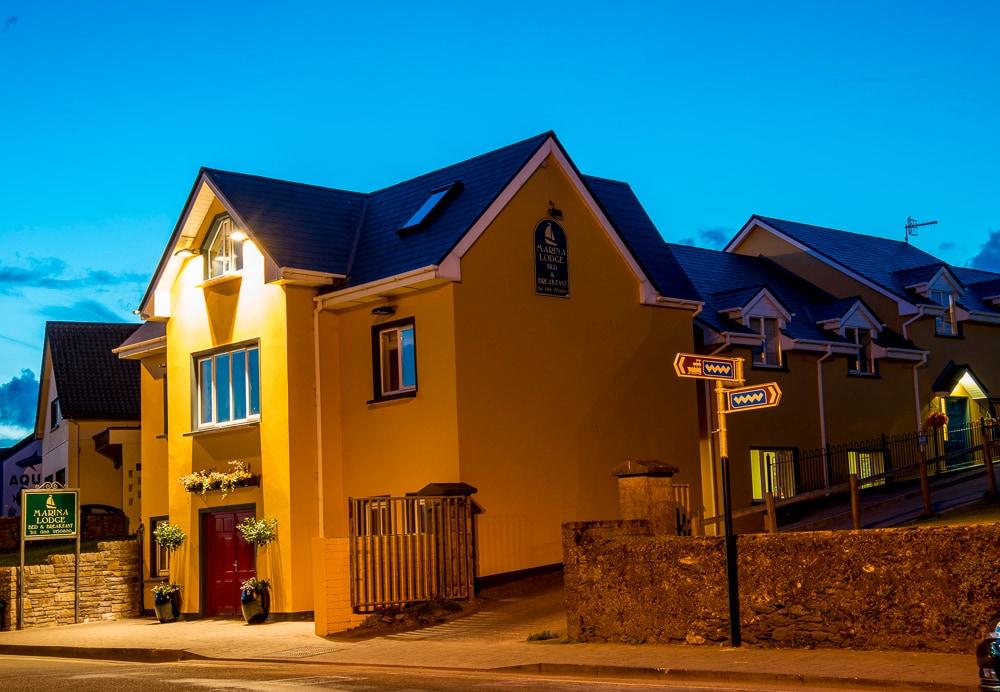 Dingle Marina Lodge Apartments