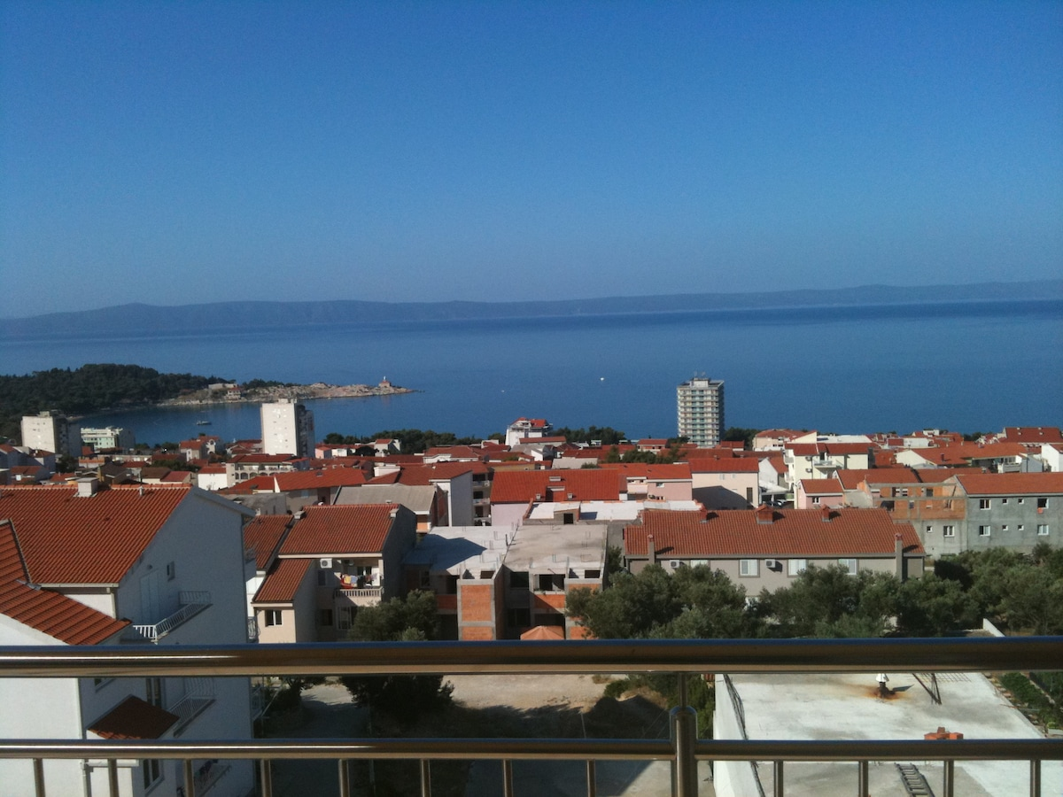 The view from the balcony.  Hotel Dalmacija straight ahead.