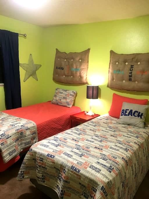 "Comfy ""Beach"" Home in the Center of Twin Falls - Twin Falls - Apartamento"