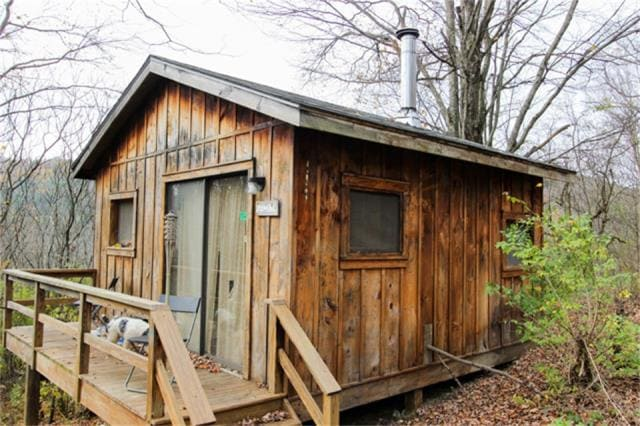 Sumac Cabin at Rune Hill
