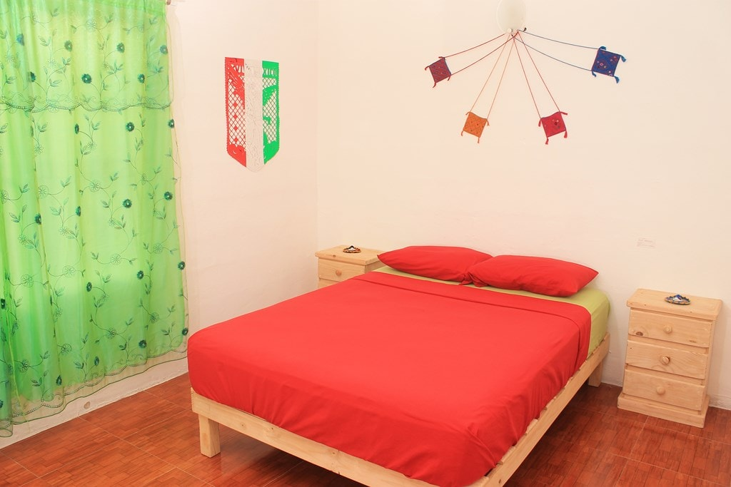 Your cute Mexican room !
