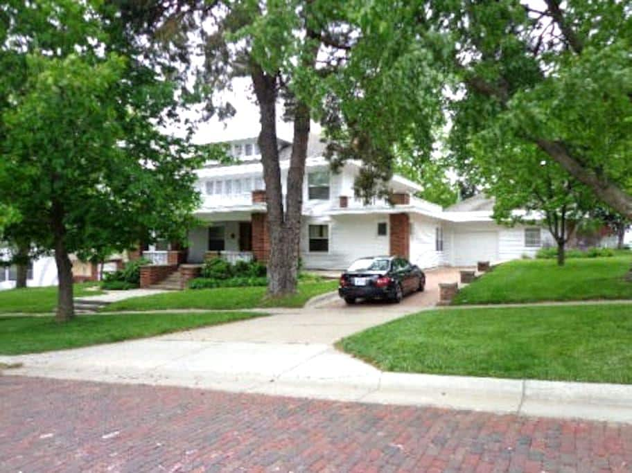 Spacious Historic Home - Marysville - Maison