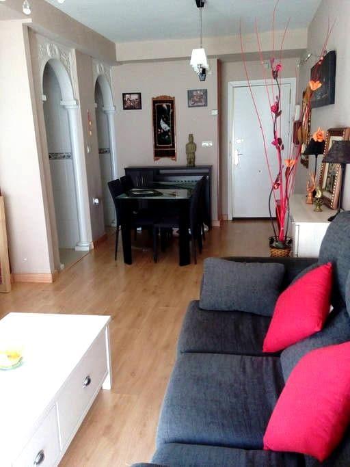 Apartamento de lujo con plaza garaje Z-Residencial - Granada