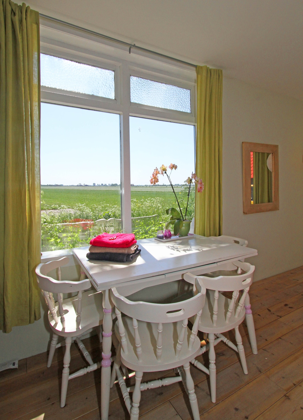 Charming holidayhouse with a view!