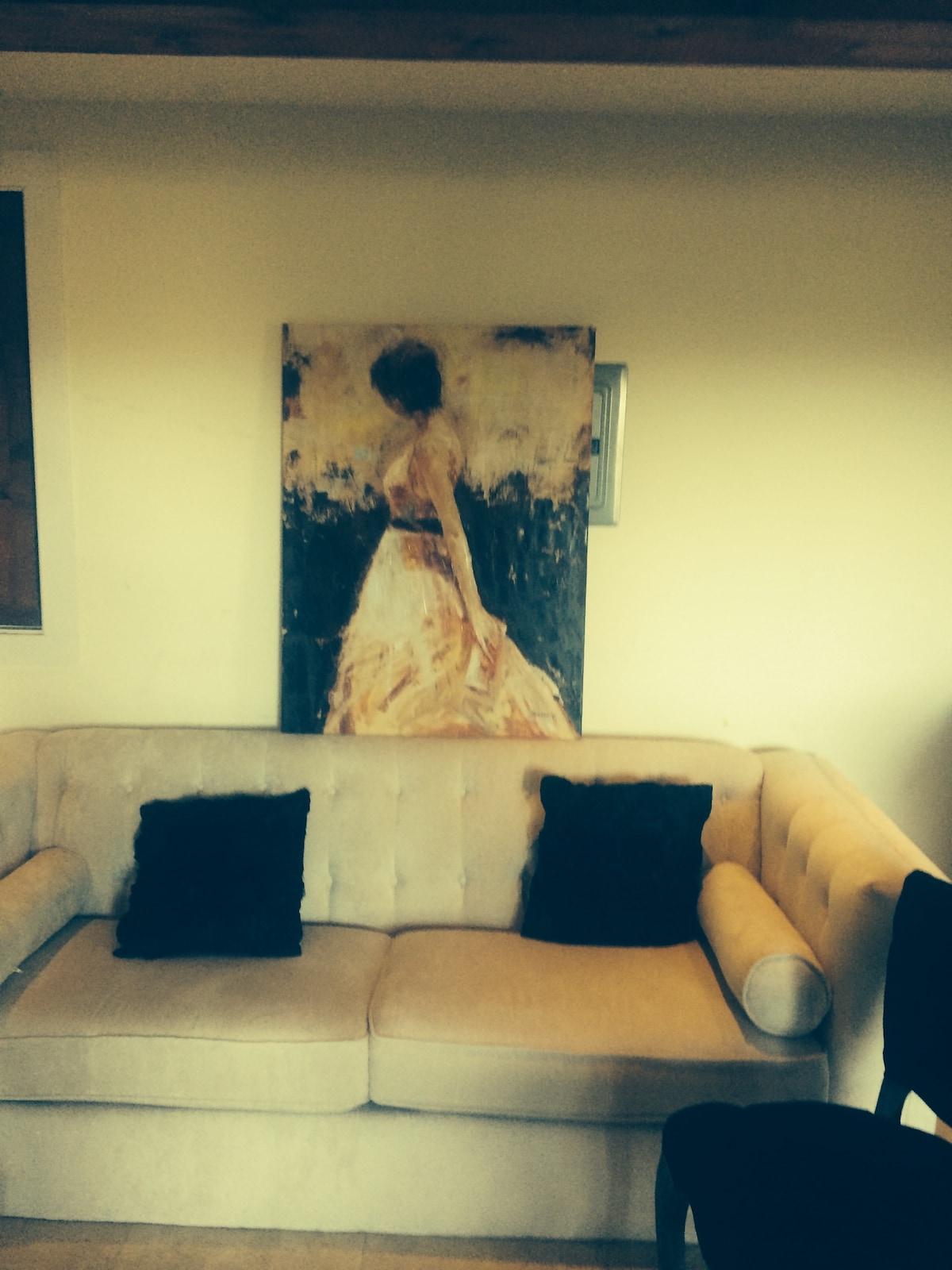 Luxury Apartment Great location!!