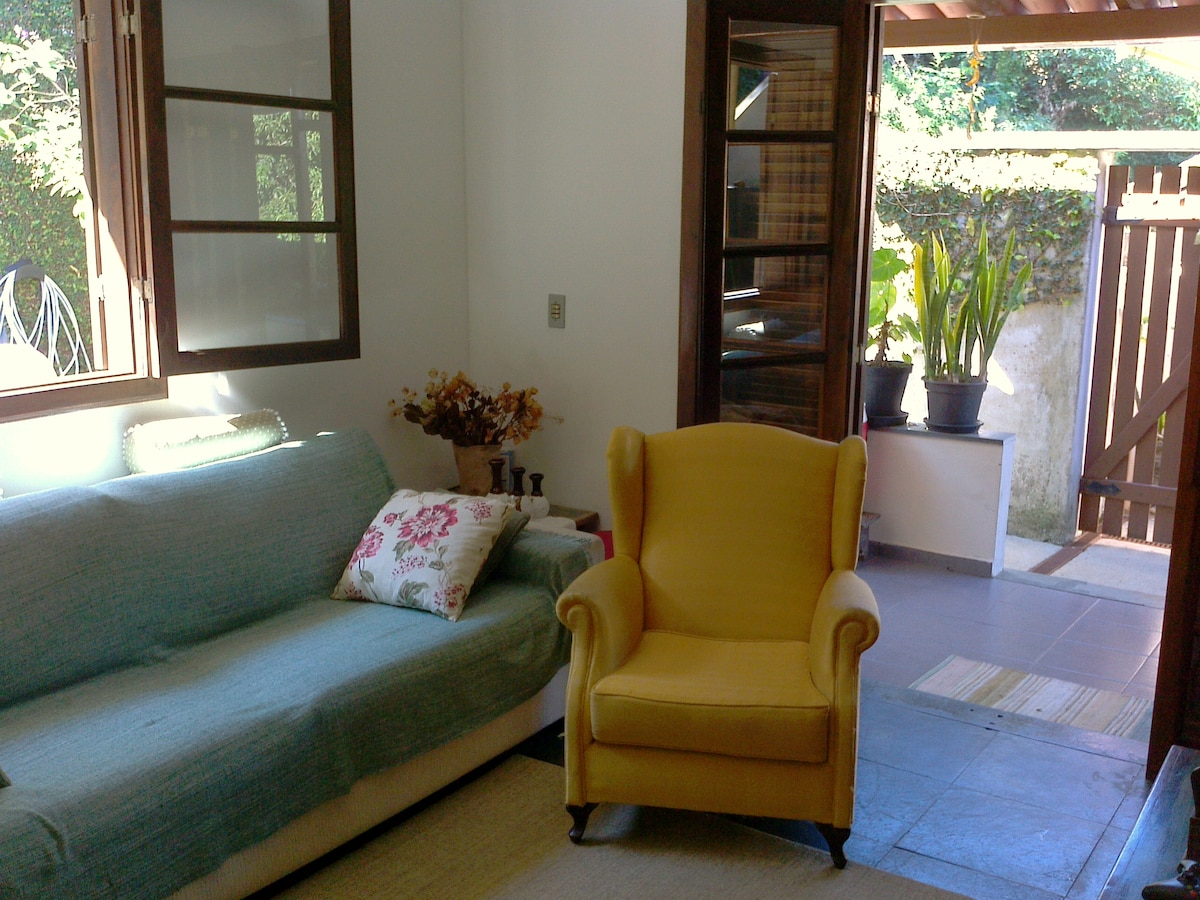 House in prime location near Lagoa