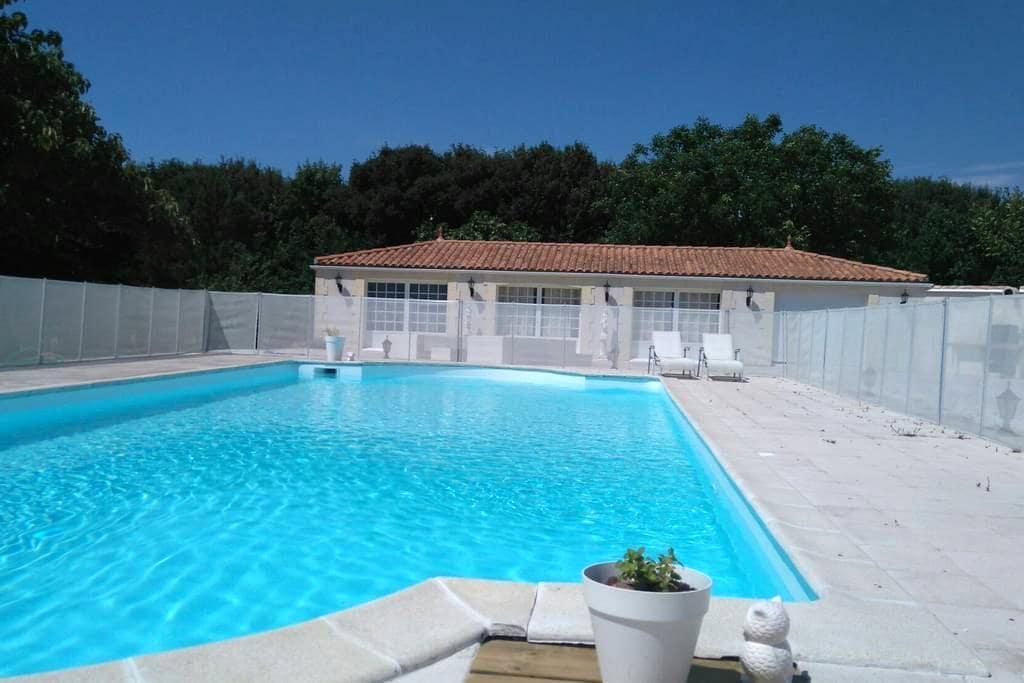Maison de vacances/ hollyday's home - Salles-sur-Mer - House