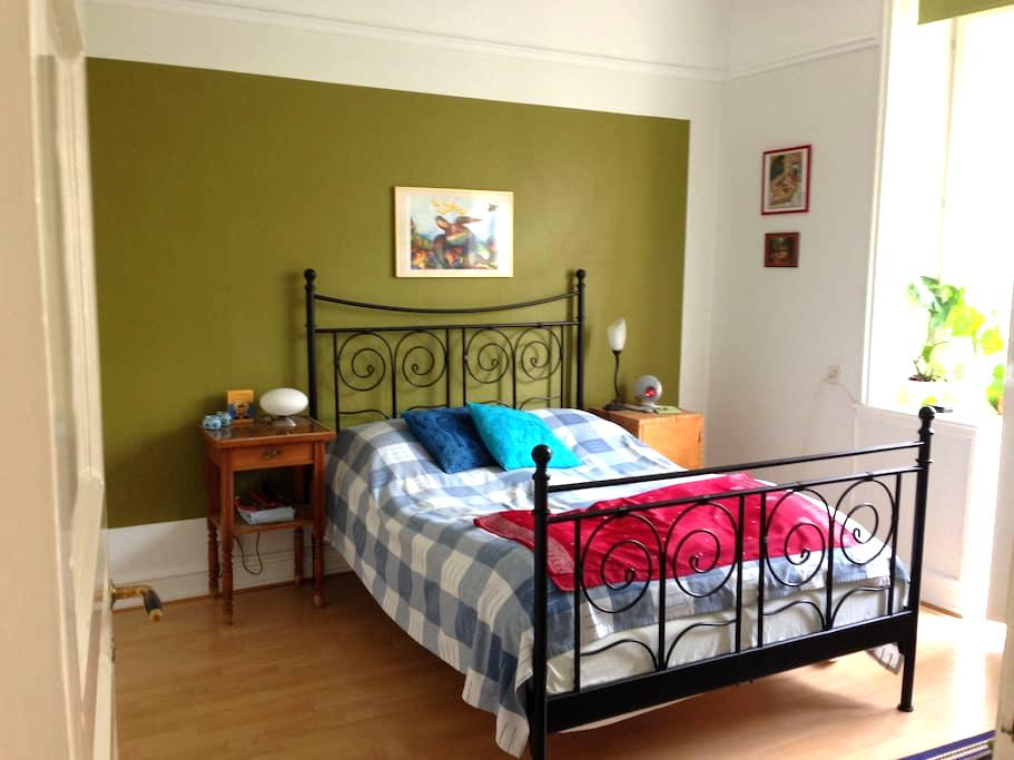 Bed & Breakfast with private balcony - Malmø - Bed & Breakfast