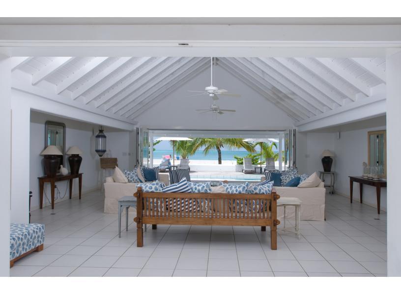 Antigua White House - Beachfront!