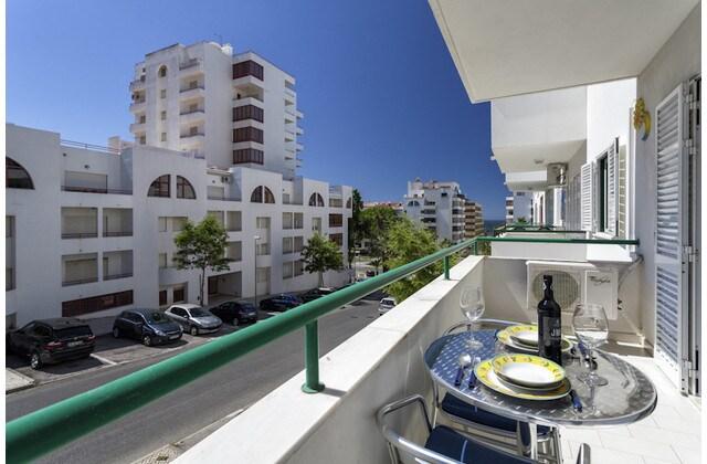 Sunny 1 Bedr Apartment - Quarteira