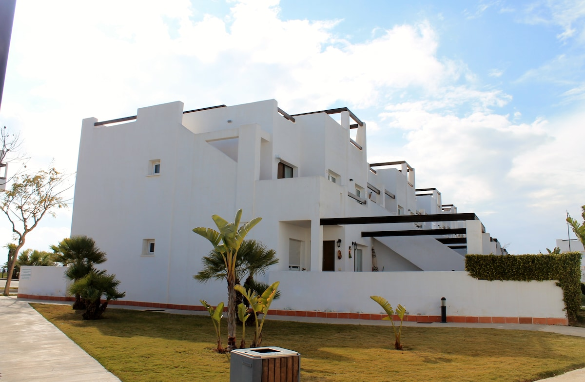 RENT MARRIES IN FIELD GOLF ALHAMA