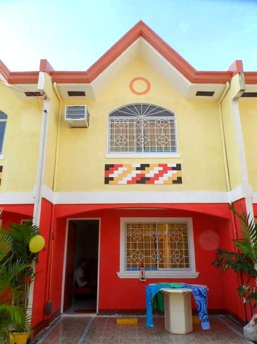 Furnished home in Mactan Cebu - Lapu-Lapu City - Apartment