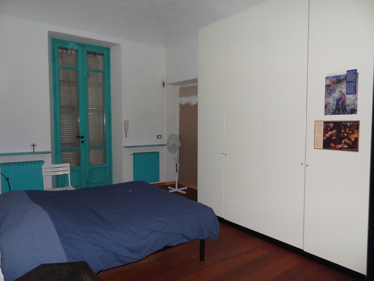 Two rooms apt in the city center