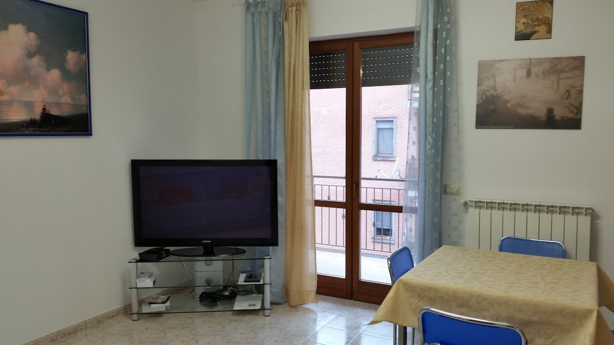DOUBLE ROOM APARTMENT - SHORT TERMS