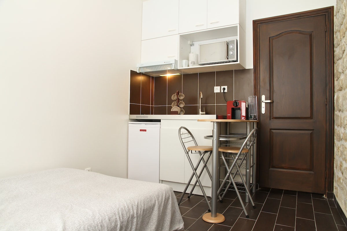 Comfortable and clean apartment, all equipment, nothing is left for your convenience.