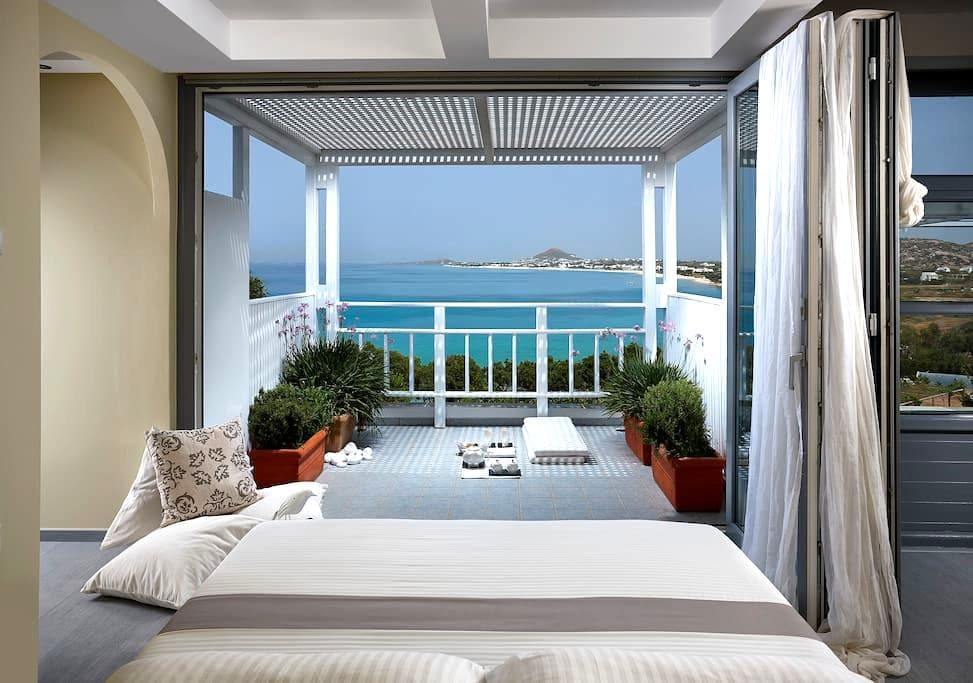 Villa MIAMI - Naxos