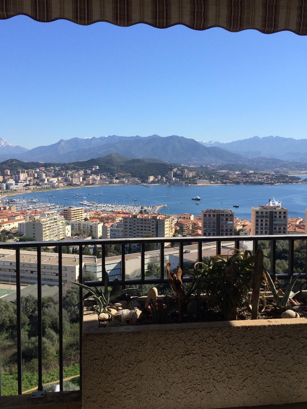 Beau T2 vue Panoramique sur Ajaccio