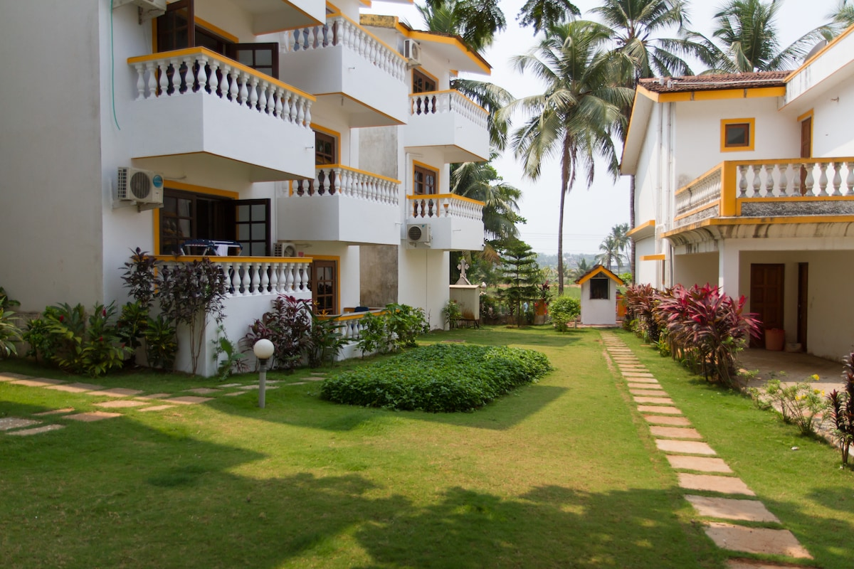 Well located 1 BD in Candolim N.Goa