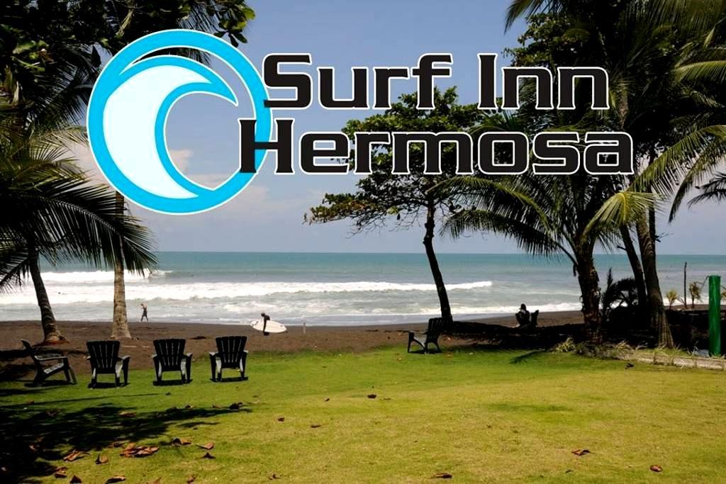 Studio Apartment Steps To The Beach - Playa Hermosa - โรงแรมบูทีค