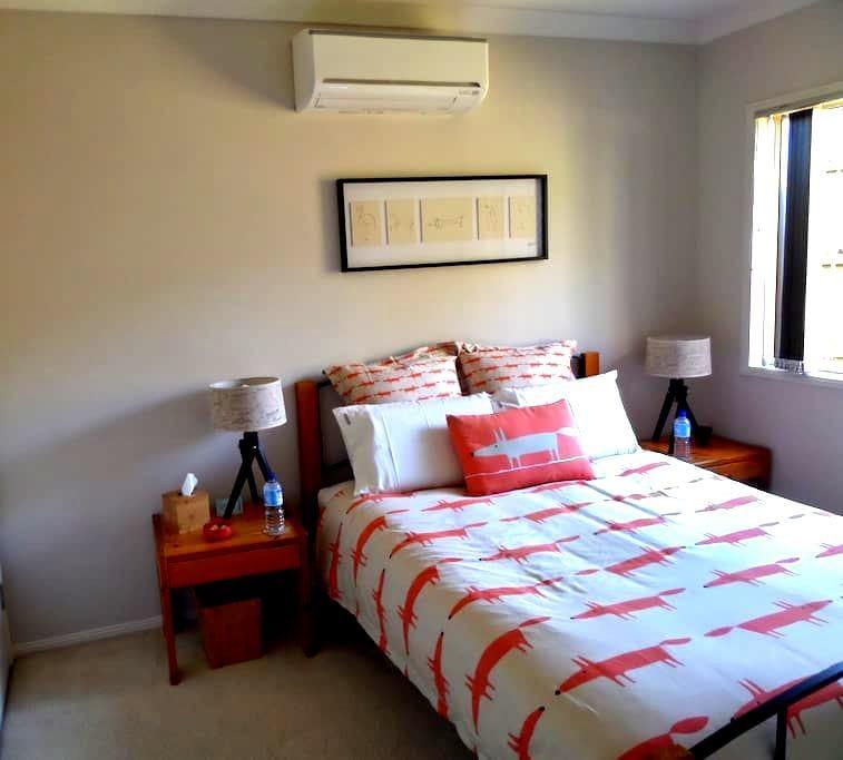 Brisbane Bayside - Spacious & comfy - Ormiston - Дом