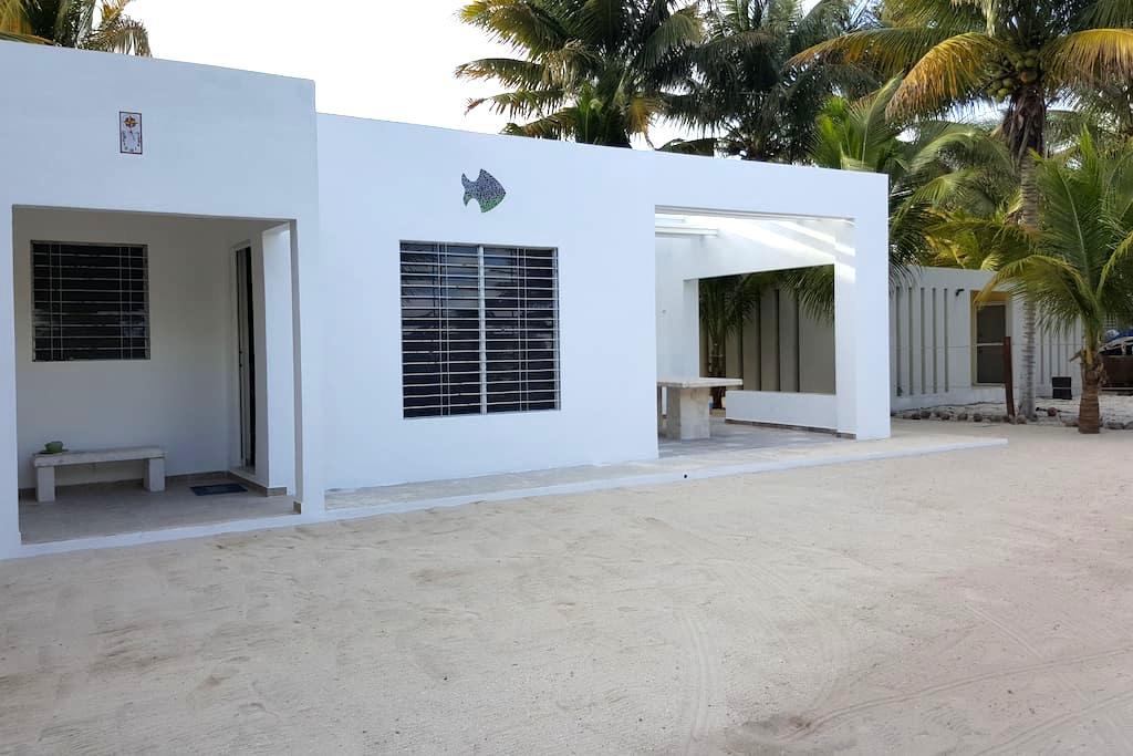 La Casa De Los Peces en La Playa - Mérida