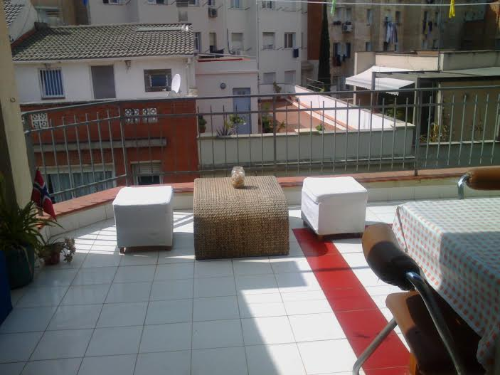 Big room in home w terrace n Sagrad
