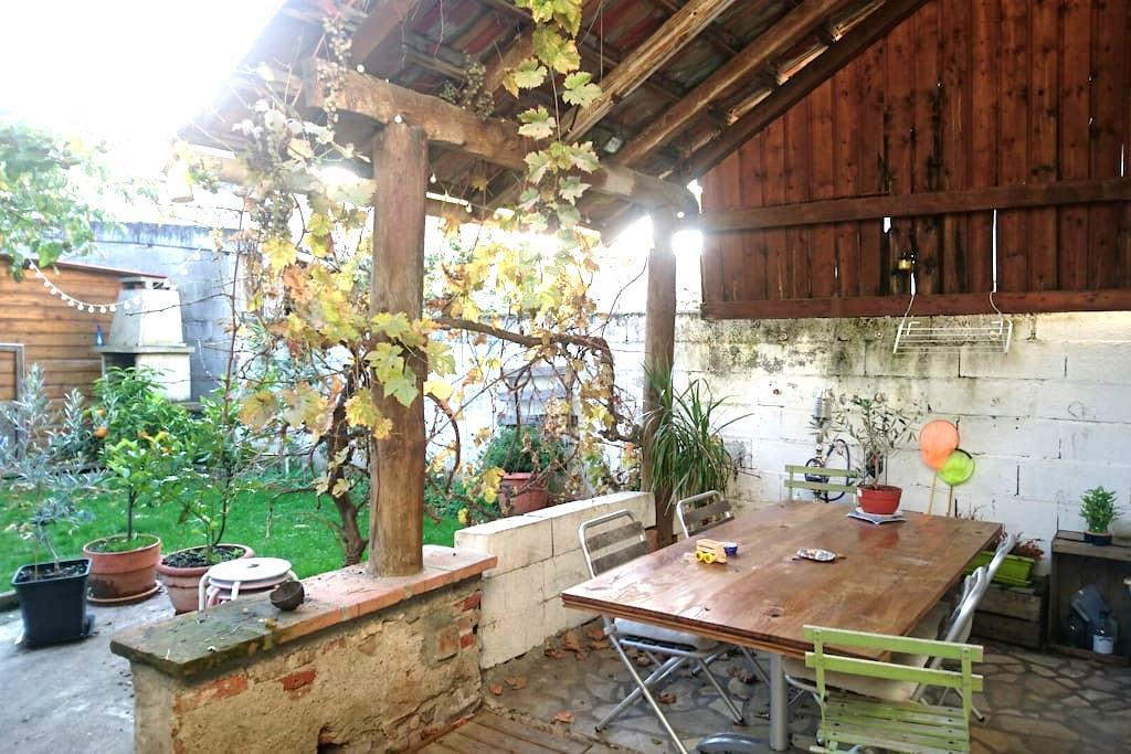 Chambre dans maison de centre ville - Gaillac - Haus