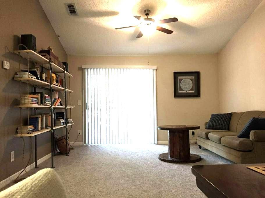 Spacious Cozy Apt. Great location! - Jacksonville - Apartament