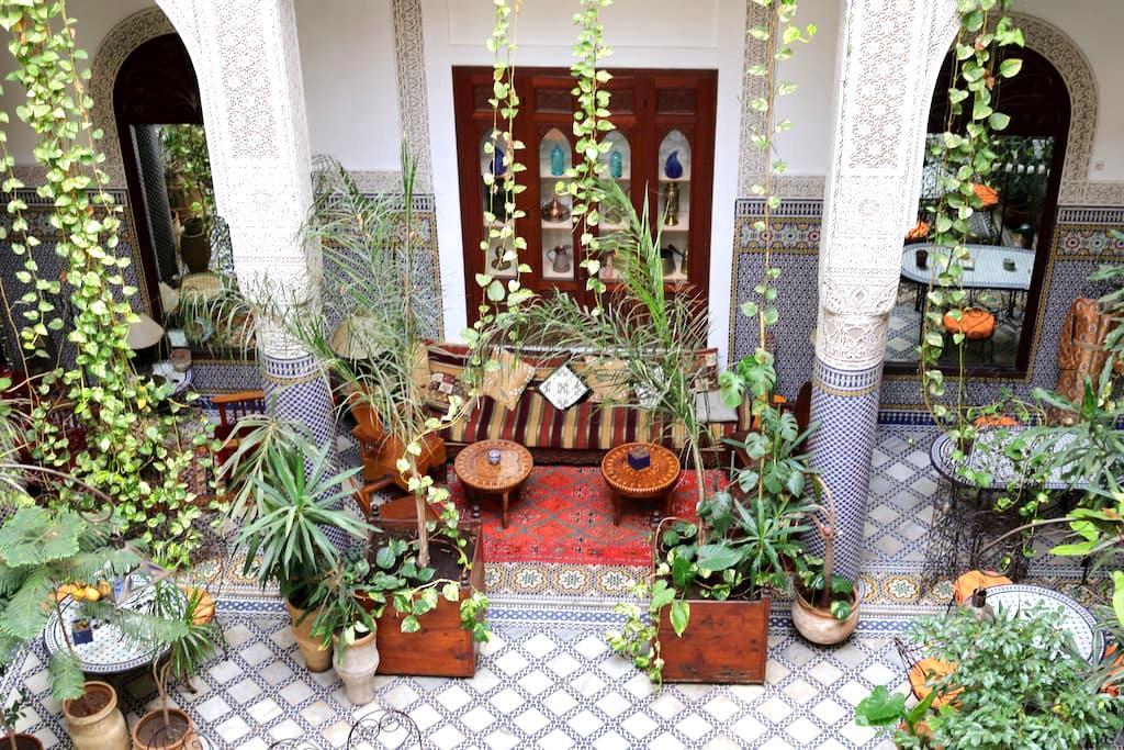 Riad Al BARTAL et table d'hôtes Fès - Fez - Bed & Breakfast