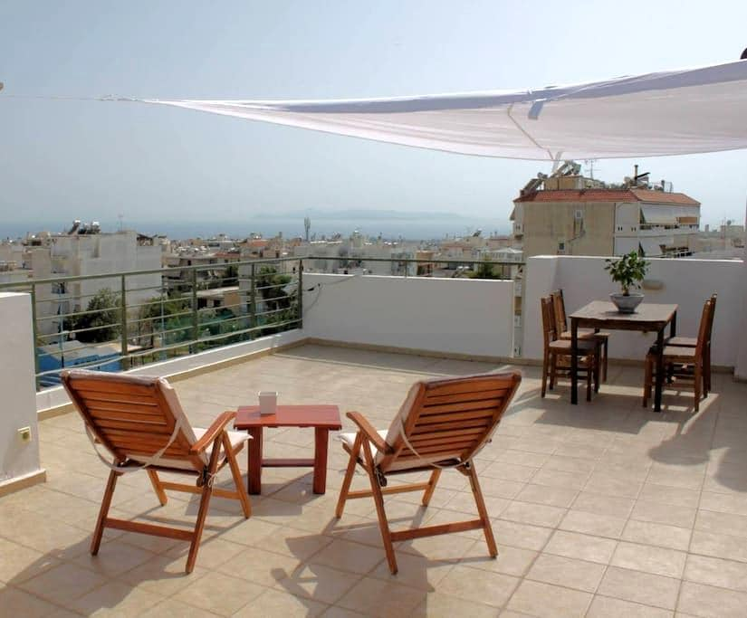 Sea View Penthouse Studio with Private Terrace - Glyfada - Apartemen