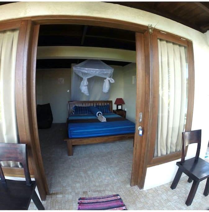 Bingin wise monkey Geust house 2 - kuta selatan  - Bed & Breakfast