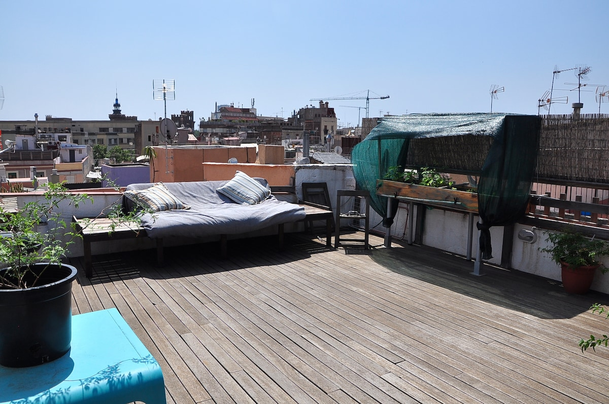 Lovely loft with terrace iBarcelona