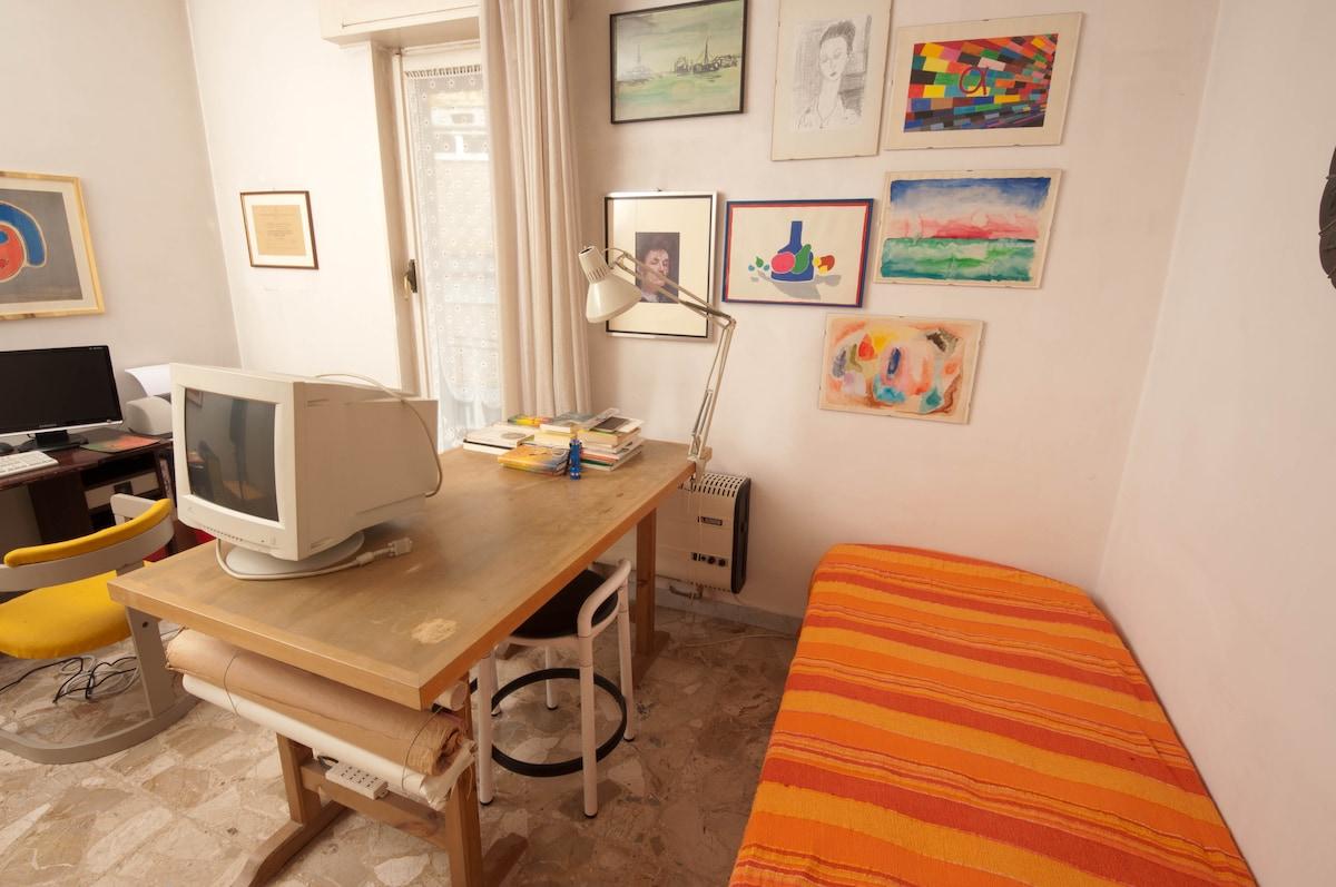 Rome,  (Monteverde) 1  single room