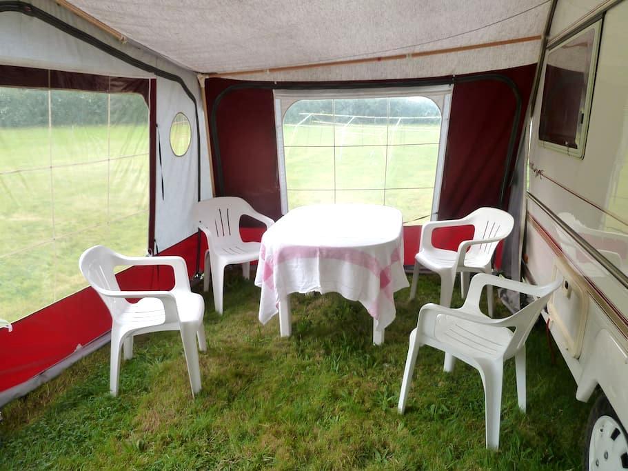 Forest caravan - Blackfield