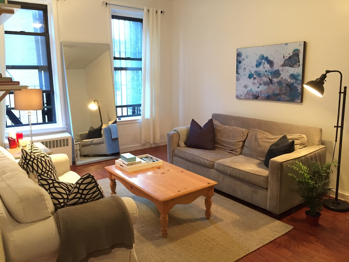Large 2 bedroom in heart of LES!