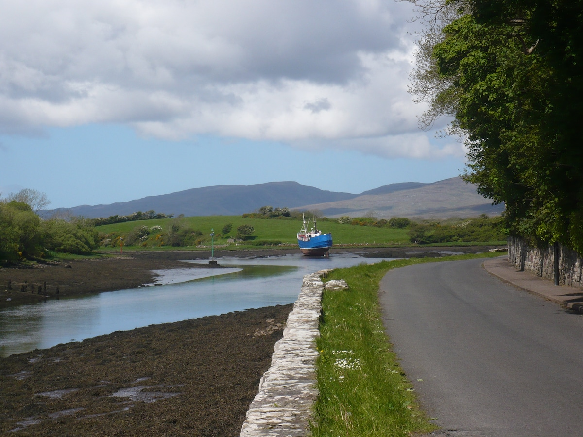 Cnoc Na Gaoithe Quay Road Cottage