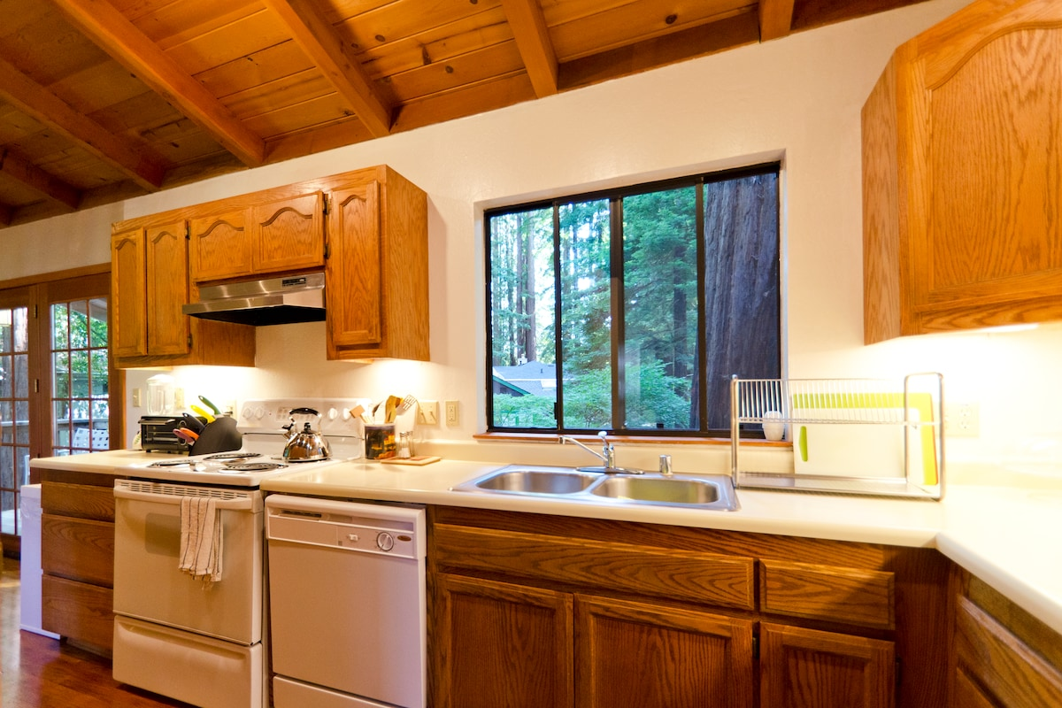Russian River Tree House