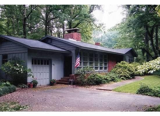 Spacious Retreat Near Downtown GVL