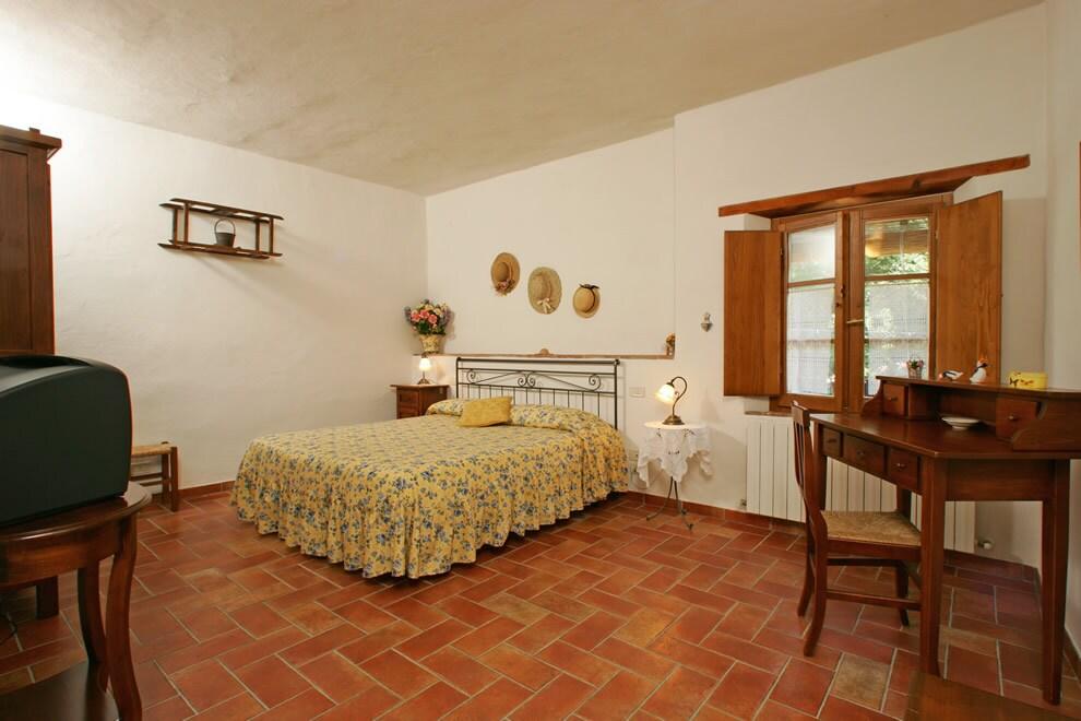 Camera matrimoniale (con possibile aggiunta 3° letto)