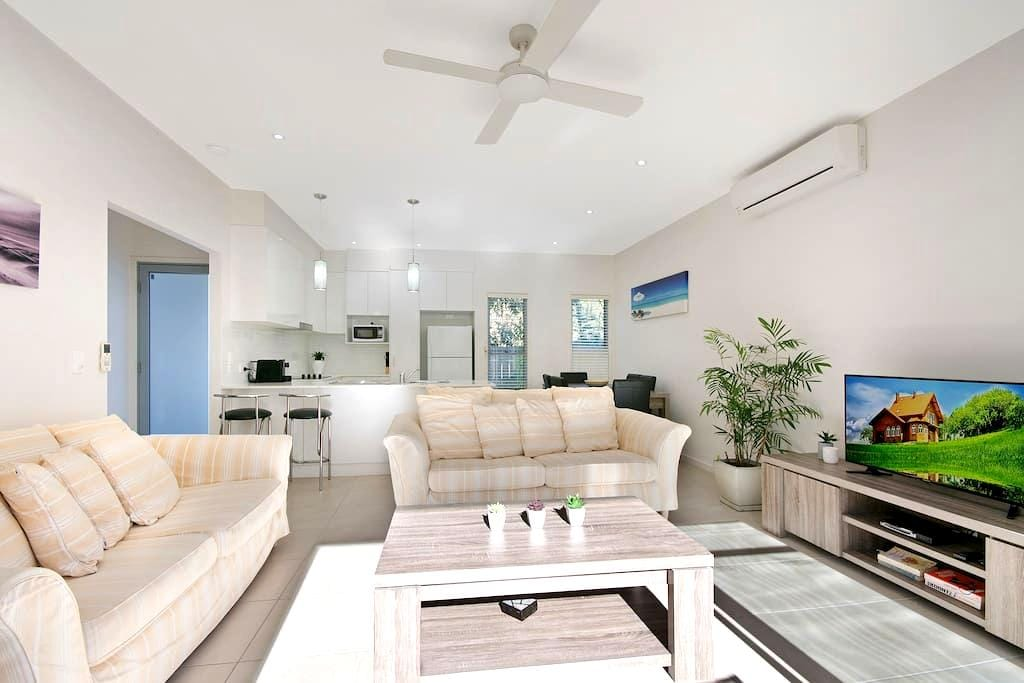 Great location 3br family friendly - Maroochydore - Townhouse