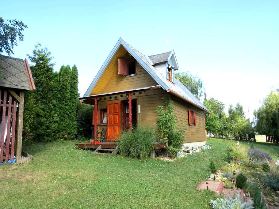 Cozy wooden house in Bakony - Lókút - Almhütte