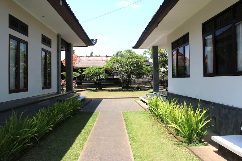 Vinaya Home Stay - Gianyar