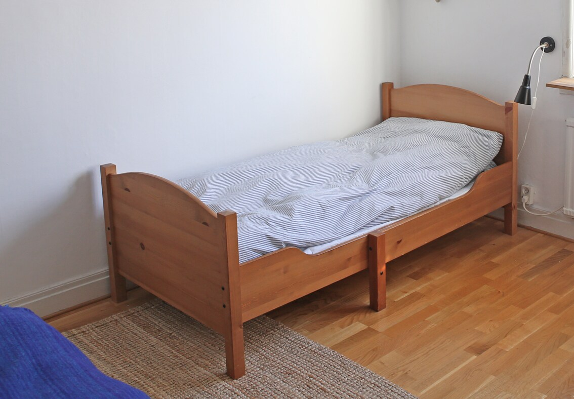 Extra bed in bedroom 1 (bed size 80x180)