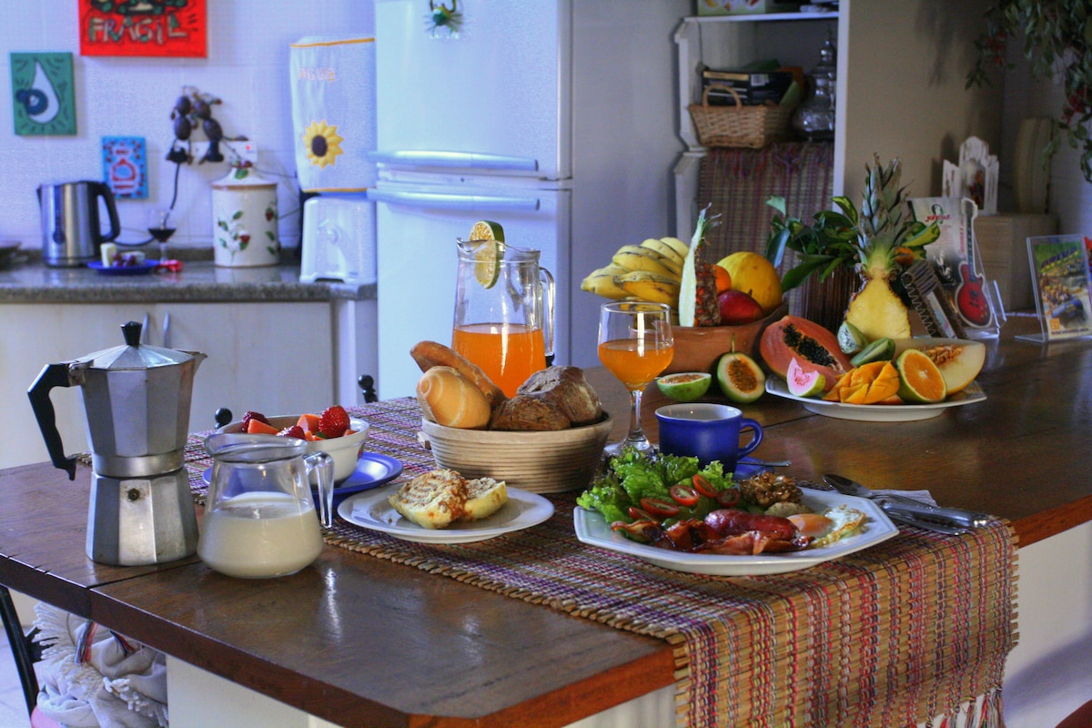 American style breakfast with a Brazilian touch :-) is a good choice to set you off for the day.