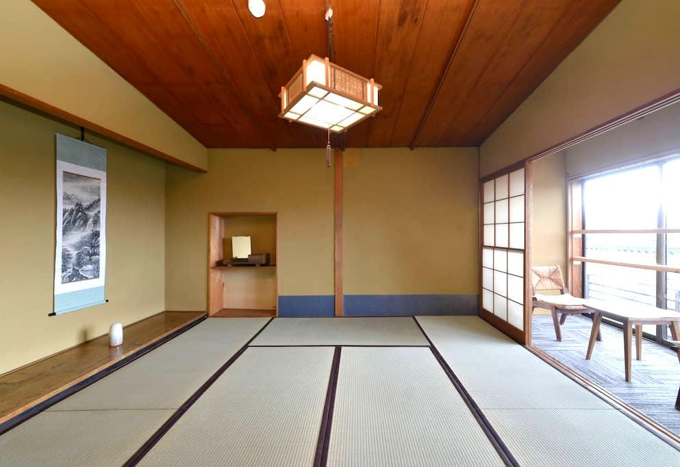 [Traditional Japanese Style Room 3] ZEN Hostel - Yamanouchi - Pension